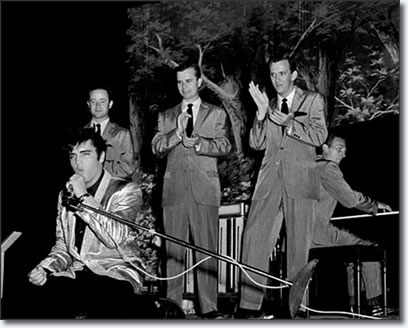 Elvis Presley, The Jordanaires - Gordon Stoker, Neal Matthews, Hugh Jarrett and Hoyt Hawkins on piano - Sick's Seattle Stadium 1957