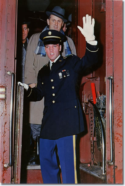 Elvis arrives home in Memphis, March 1960. This is the photo that alerted Colonel Parker's Dutch relatives to his existance as Colonel Tom Parker, the manager of Elvis Presley.