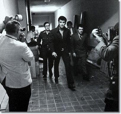Elvis Presley 1969 - Backstage The International Hotel, Las Vegas