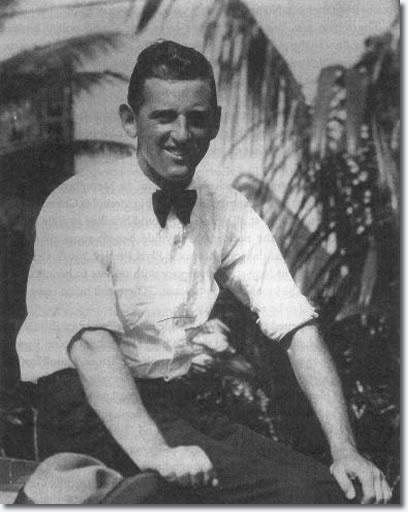 Andreas van Kuijk - Colonel Tom Parker
