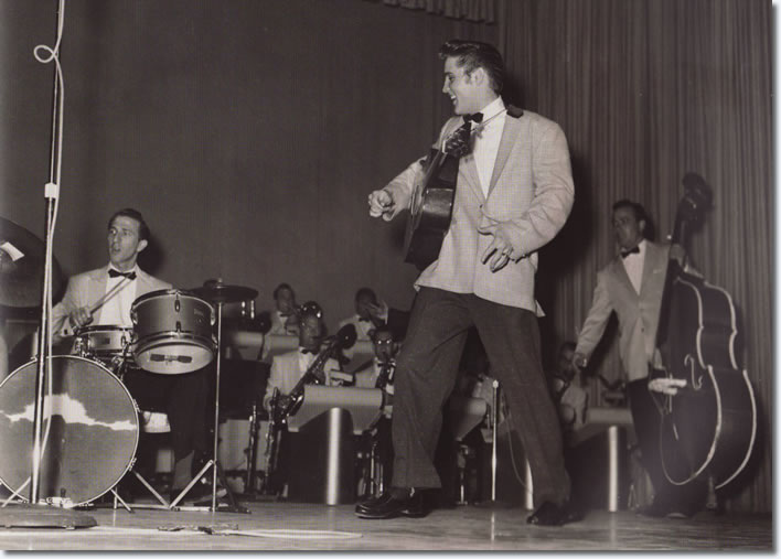 DJ Fontana, Elvis Presley and Bill Black - Sample image from the book - Elvis Presley Images - Copyright Patrick Janssen