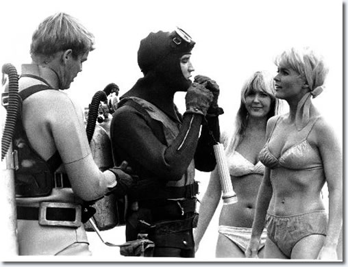 Elvis Presley in 'Easy Come, Easy Go' - Paramount 1967
