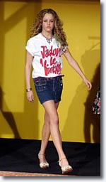 Riley Keough 14, Shakes Up Milan Catwalk