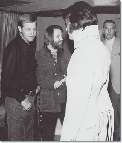 Felton Jarvis, Ronnie Tutt, Elvis Presley - November 14, 1970