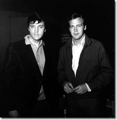 Lee Majors visited Elvis on the Clambake movie set