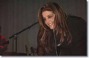 Lisa Marie Presley - Photo by David Troedson 2004