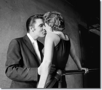 Elvis Presley : The Kiss