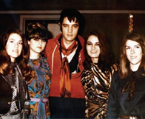 Elvis and backing vocalists Mary Holladay, Mary Greene, Donna Thatcher, and Ginger Holladay - Circa Jan 20 1969.