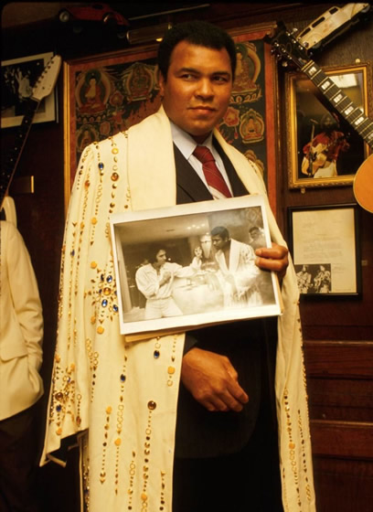 Muhammad Ali at the 'Hard Rock' cafe 1988.