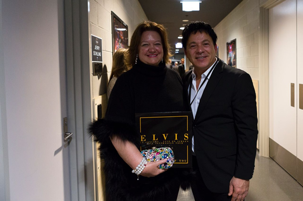 Gina Rinehart backstage with tour promoter Ralph Carr.