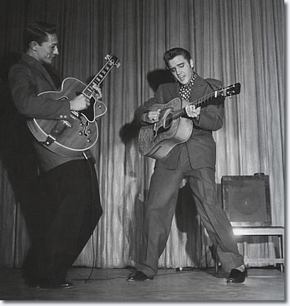 Scotty Moore and Elvis Presley - Las Vegas 1956