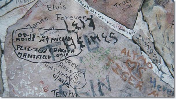 Pete, Jen and Dakota, Graceland Wall, 2002.