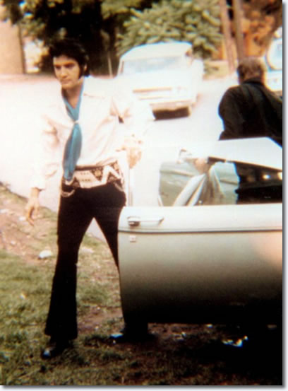 Elvis in the Studio B parking lot on June 5, 1970.