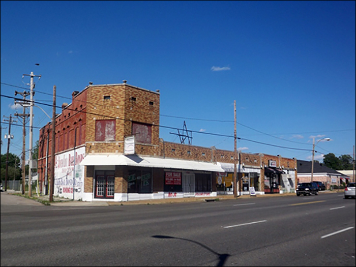 S&S Drug Store building today at 548 Poplar Avenue in Memphis.