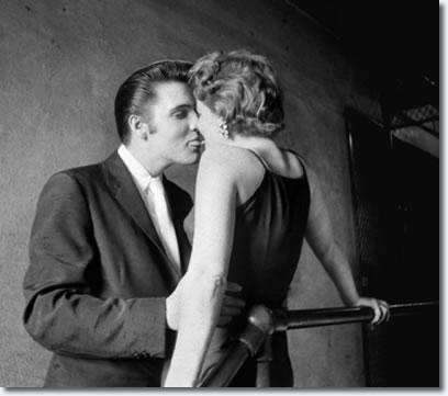 Elvis Presley : The Kiss