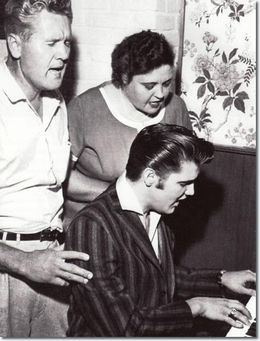 Vernon Presley Sings