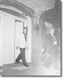 Elvis leaves the Savery's home.