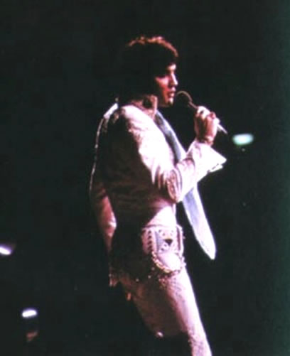 Elvis Presley on stage in Albuquerque | Wednesday, April 19, 1972.