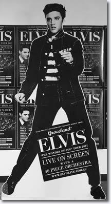 Elvis was in demand backstage!